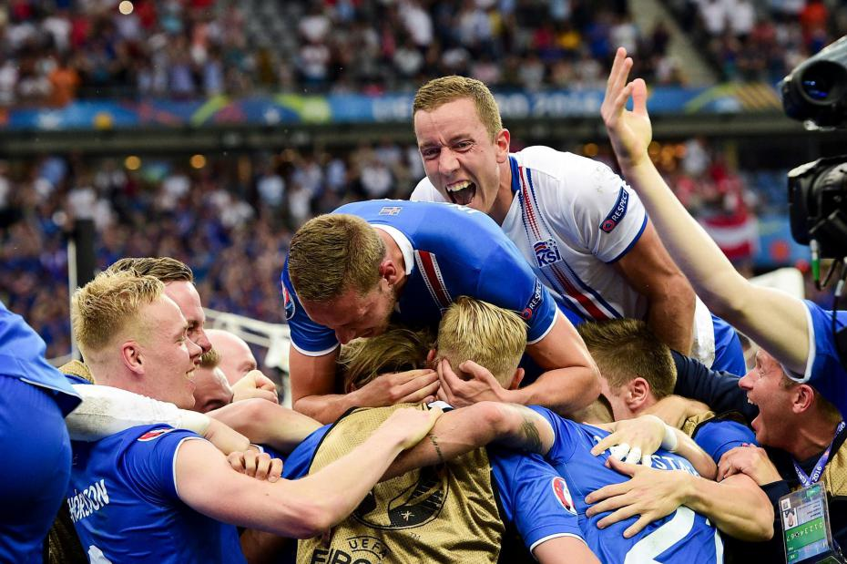 islandia-celebrando-su-gol-de-clasificacion
